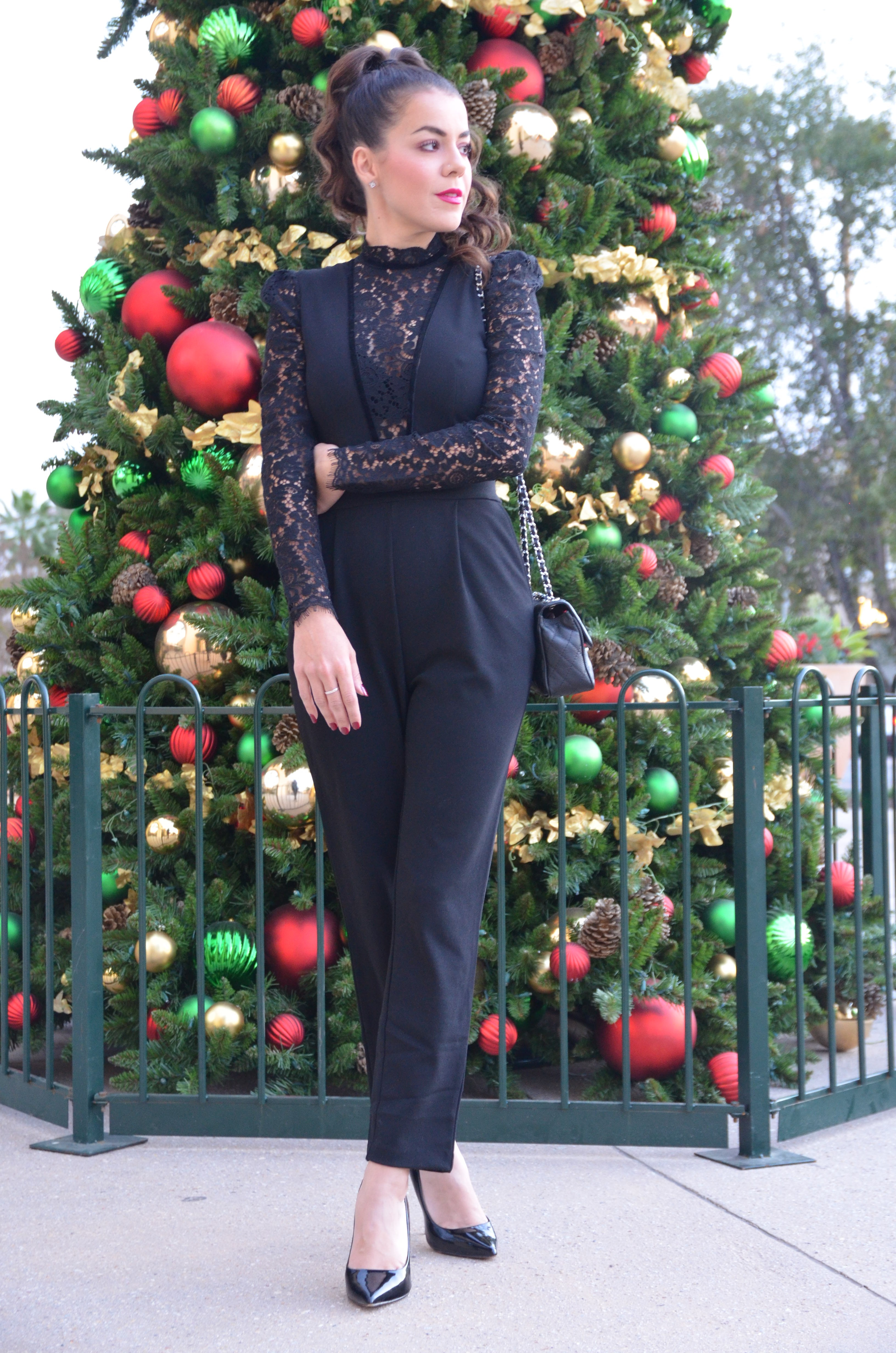 Holiday Fashions on a Budget x Amber Nicole Fashion